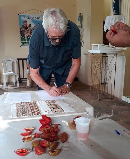 aldeia indigena pitaguary fortaleza pacto combonianos brasil assinar urucum